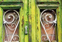 Garden Retreats / by Sharon Hutson Hurricane Pottery