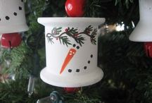 Christmas Ornaments DIY / by Cindy Aaron-Worsley