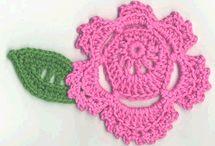Crochet: Flowers / by Patti Stuart