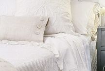 Dreamy Bedrooms / by Lynne Jones