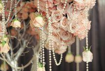 Weddings / by Hope Brissette