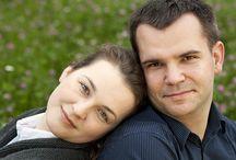 Ania i Krzysiek / zybka i spontaniczna sesja zdjęciowa przyszłych małżonków. Za scenerię posłużył najbliższy plac zabaw ;) / by matphoto.pl