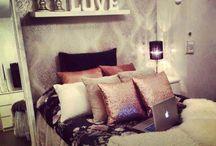 Dream Bedroom Ideas / by Lynz Berreth