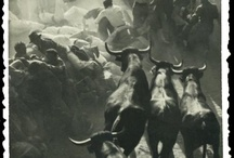 """Sanfermines - Vintage photographs / The festival of San Fermín (or Sanfermines) in the city of Pamplona (Navarre, Spain), is a deeply rooted celebration held annually from 12:00, 6 July, when the opening of the fiesta is marked by setting off the pyrotechnic """"chupinazo"""", to midnight 14 July, with the singing of the """"Pobre de Mí"""". Its most famous event is the encierro, or the running of the bulls, which happens at 8:00 am from July 7th to July 14th, the week long celebration involves many other traditional events. / by Rufino Lasaosa"""