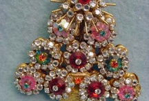 Christmas Tree Jewelry Pins & Framed / by Jan Balestriere
