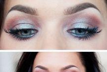 Makeup / by Desirae Kinahan