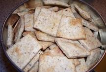 Recipes: Homemade Snacks / by Betsy (Eco-novice)