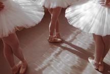 La Danse Classique / by Paris ⚜