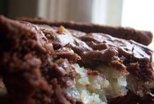 Food - Brownies & Blondies / by Joanna Gras