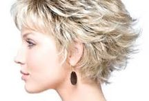 Hairstyles / by Cindy Baron
