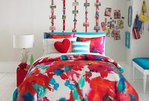 Lovely Lydia room / by Viviane Ellis