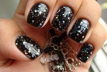 nail polish / by Yvette Alvarez-Bustamante