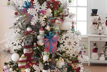 Christmas tree / by Crystal Thompson