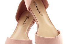 Shoes / by Elena Ramirez