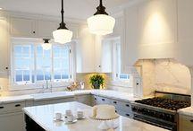 Divine Kitchens / by Danielle AFOMFT Blog