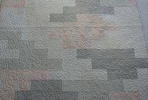 Quilts I Love / by Regina DeMatteo