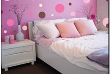 Girl Rooms / by Colleen Corley