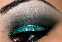 Makeup / by Sarah Hurst