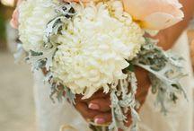 Wedding Flowers / by Julia Eldridge