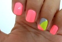 Nails / by Roxanne Francis