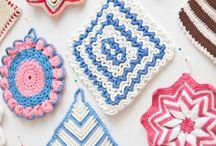 Crochet / by Laraina Hand Made