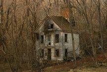Abandoned / Jennifer Wild tarafından