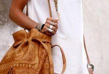 purse/bags / by Susan Hixson