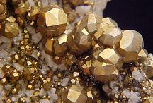 Minerals  / by Ravynka ←