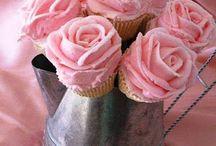 Cupcakes / by Tiffany Varnell-Knighton