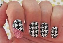nail polish / by Marlie Bullard