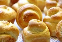 Breads / by Martina