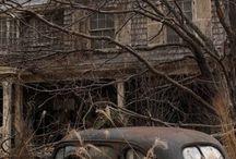 Abandon-Old Places / by Vicki Sartori