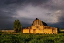 Barns / by Erin Jackson