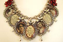 statement necklace / by Jennifer Cruz