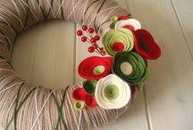 wreaths / by Irma Cardenas