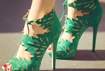 Shoes / Like all girls ... I love foot candy / by Sara Smets