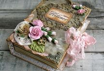 Scrapbooking / by Rosa Olivera