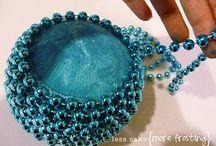 beaded jewelry / by Arlene Ruiz