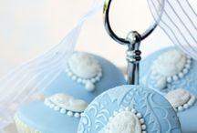 Cupcakes / by Judy Almeida