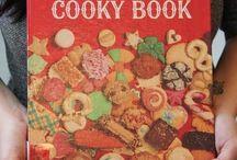 Christmas cookies / by Bev Broucker Gibbs