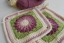 Crochet Granny squares / by Leslie Goodwill