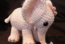 Crochet and Knitting / by Saskia Heinzel