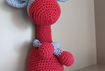 knuffels/speelgoed / by Eline Vantilt