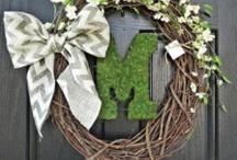 Wreaths / by Tiffany Mendiola:)