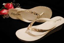 WEDDING / Bling's the thing for weddings! / by Sondra Celli