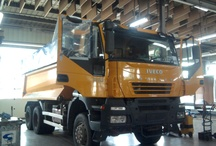 Kleyn Services - our workshop / by Kleyn Trucks