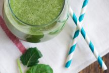 Green smoothie recipes / by Maura Hernandez