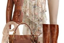 Outfits / by Ximena Arriagada