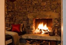 FIREPLACES/MANTLES / by Donna Lucas