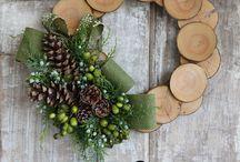 Wreaths / by Dani Hauer